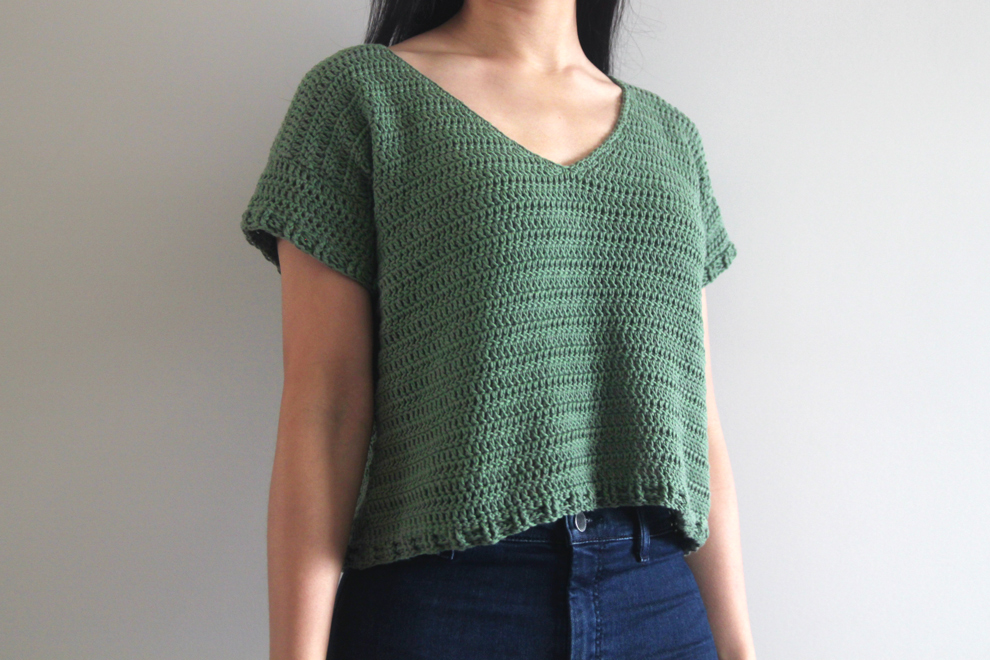 v neck crochet top tee t shirt free pattern for the frills