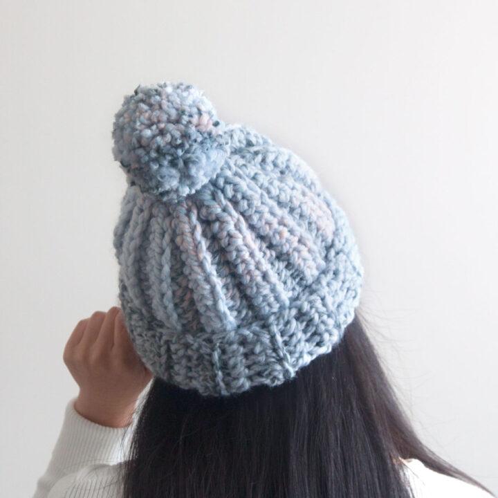 pom pom chunky beanie one hour crochet hat tutorial