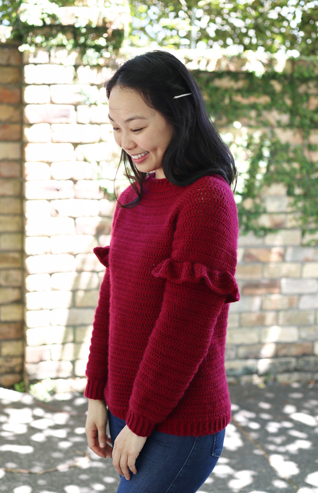 easy crochet pullover ruffle sleeves christmas holidays