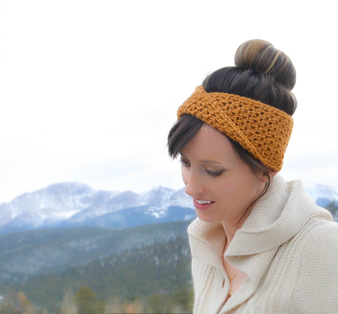 mustard gold crochet headband with a twist free pattern
