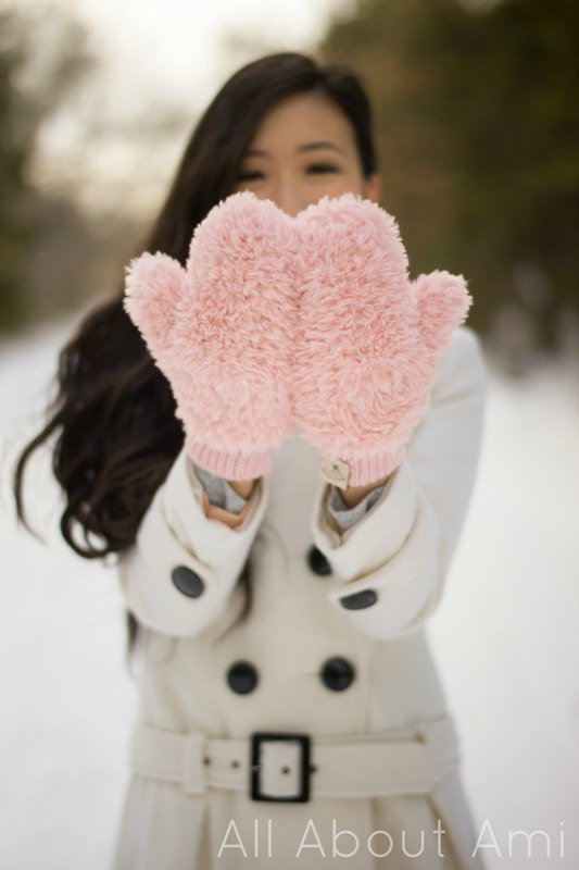 pink faux fur crochet mittens free pattern
