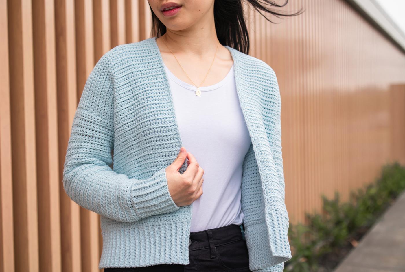 super soft aqua crop cardigan crochet pattern