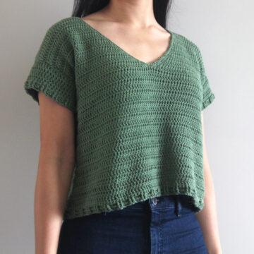 forest green v neck crochet cotton tee