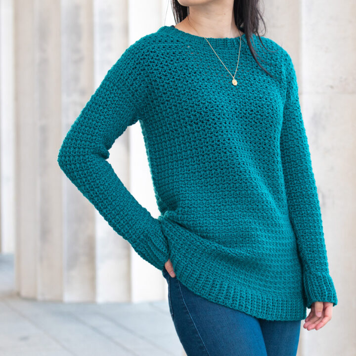 long cosy slouchy simple sweater free crochet pattern arm in back pocket