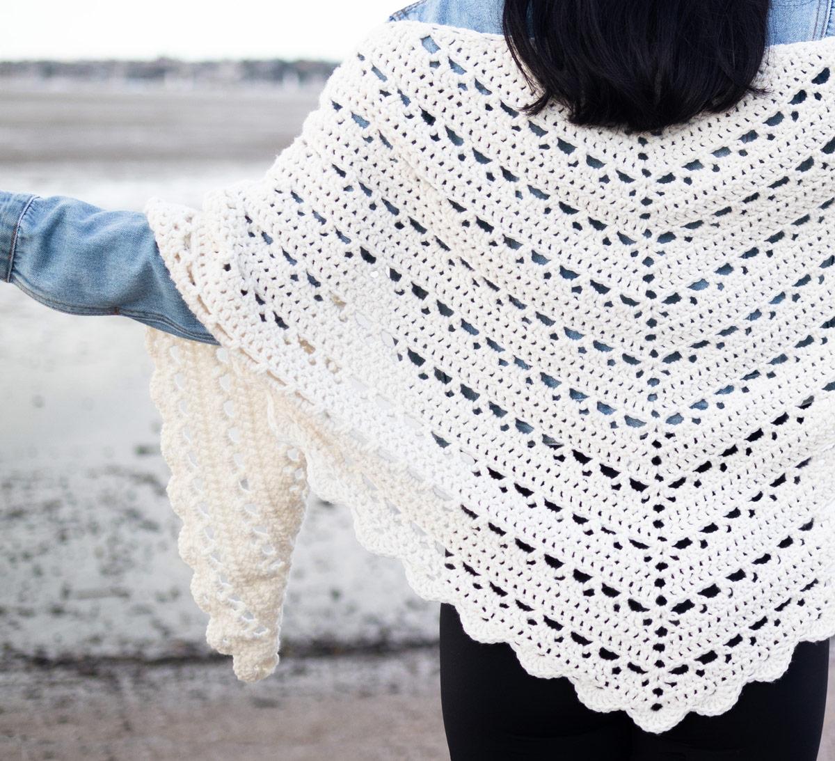 scallop stitch crochet shawl easy free pattern