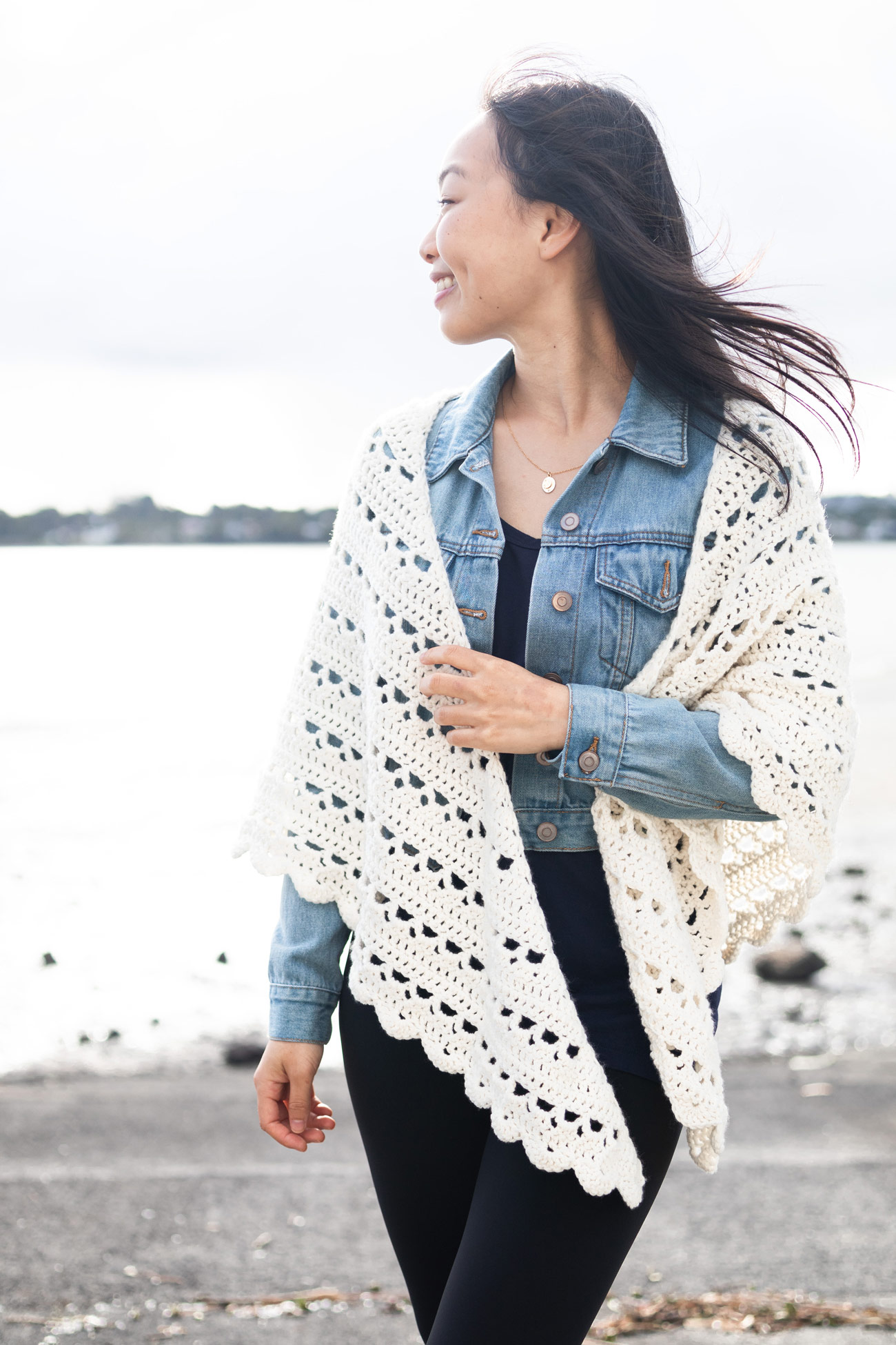 lacy summer wrap cream scallop edge denim jacket free pattern video tutorial