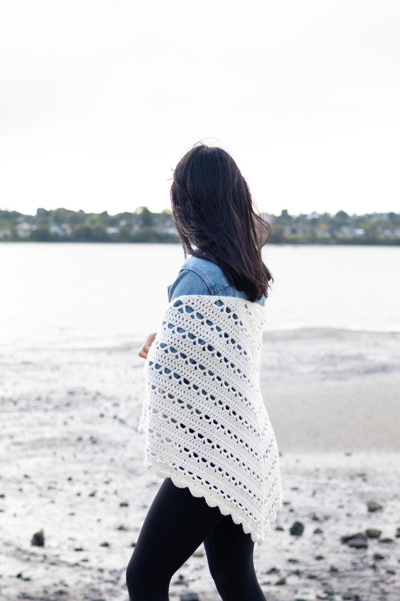 beginner crochet wrap lace details easy pattern free tutorial