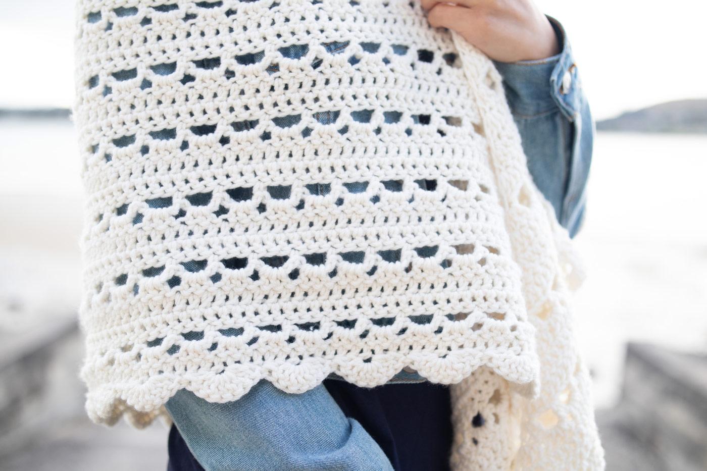 close up eyelet crochet stitches free wrap pattern