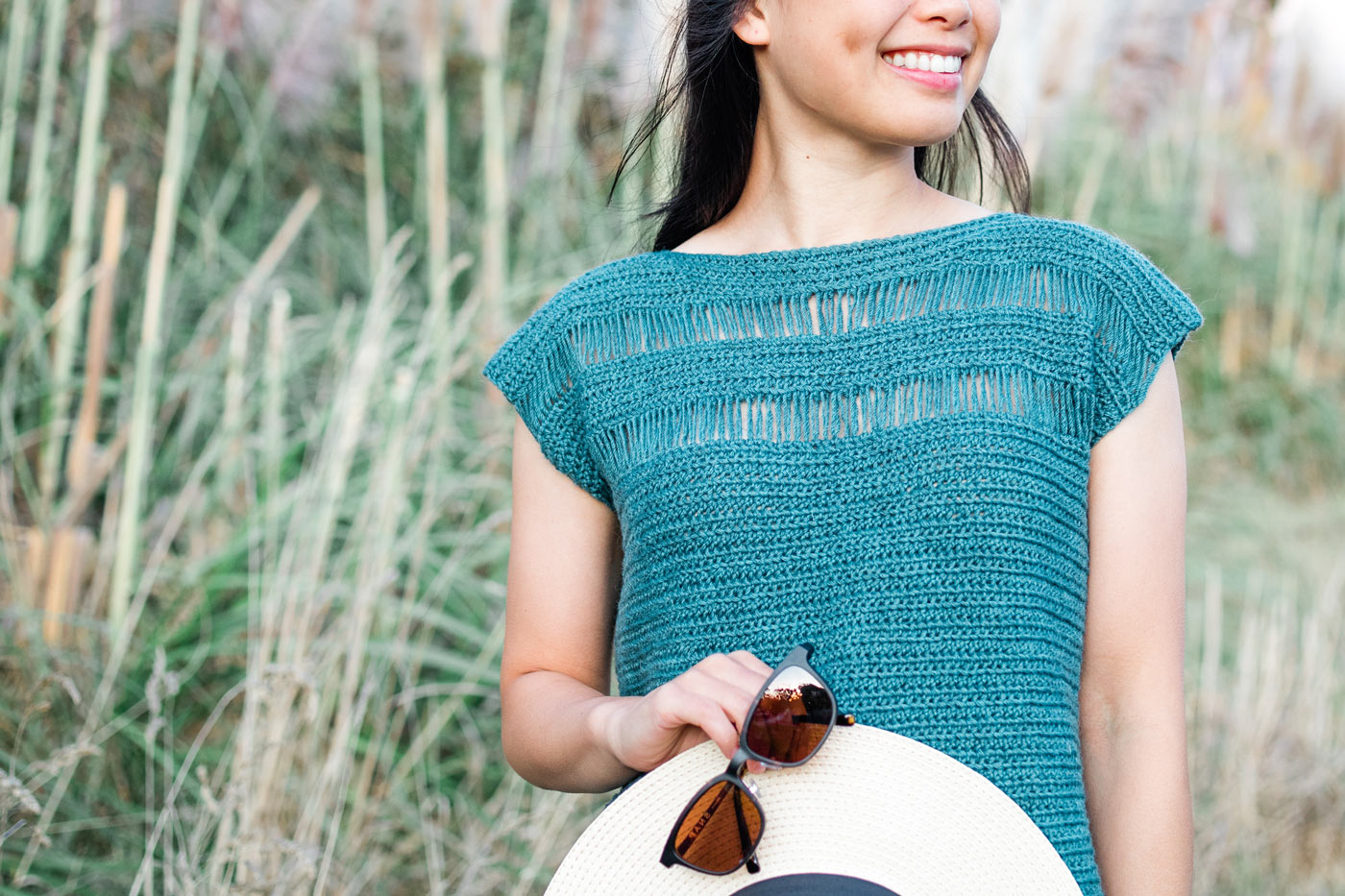 turquoise crochet tee summer free pattern with straw hat and sunglasses