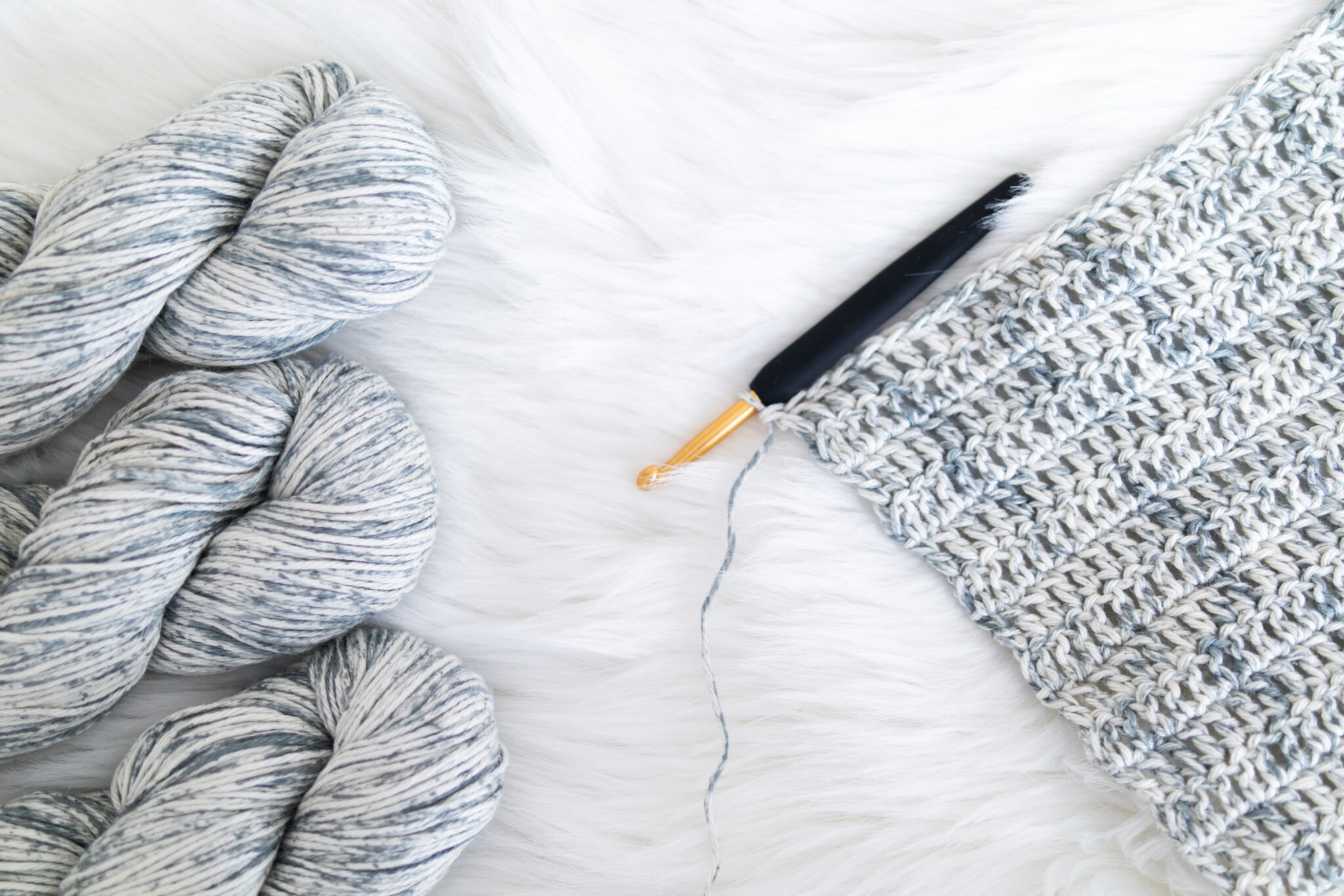 wecrochet knit picks comfy color mist yarn in tidewater cotton double crochet swatch