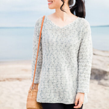 light grey beach crochet sweater with v neck free pattern