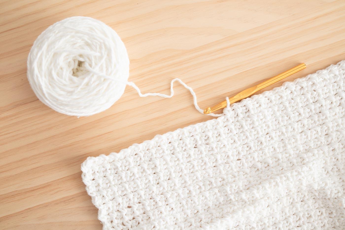 knit picks we crochet pima cotton swatch in single crochet column stitch with crochet hook