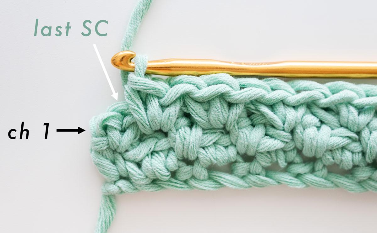 work single crochet into turning chain