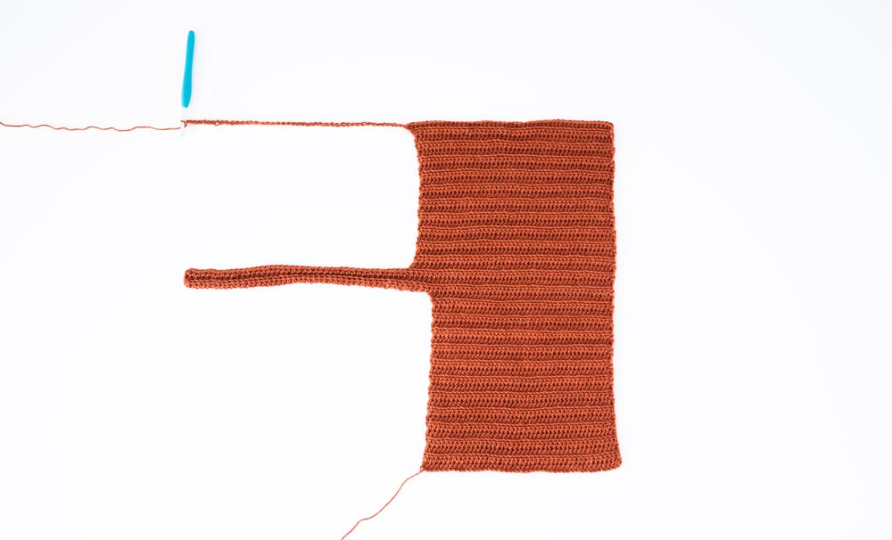 row 1 second strap extension for ribbed crop top