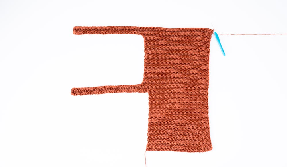 finished second strap of ribbed square neck crochet crop top