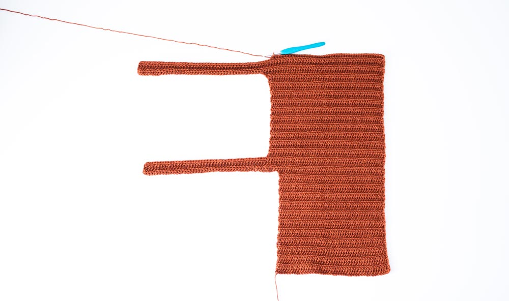 row 1 of second half of back panel on ribbed crop top