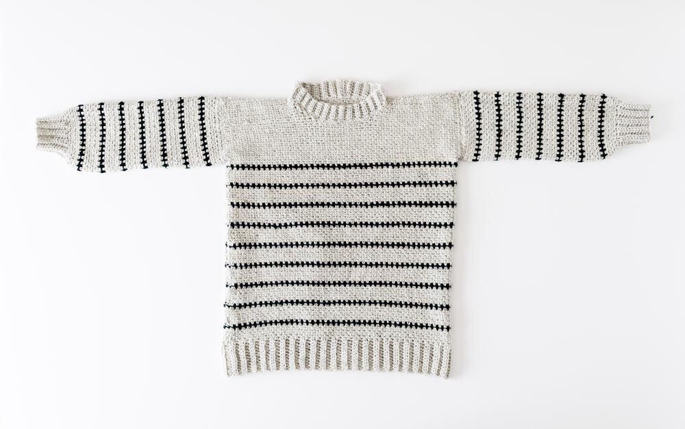 finished striped crochet pullover in linen moss stitch